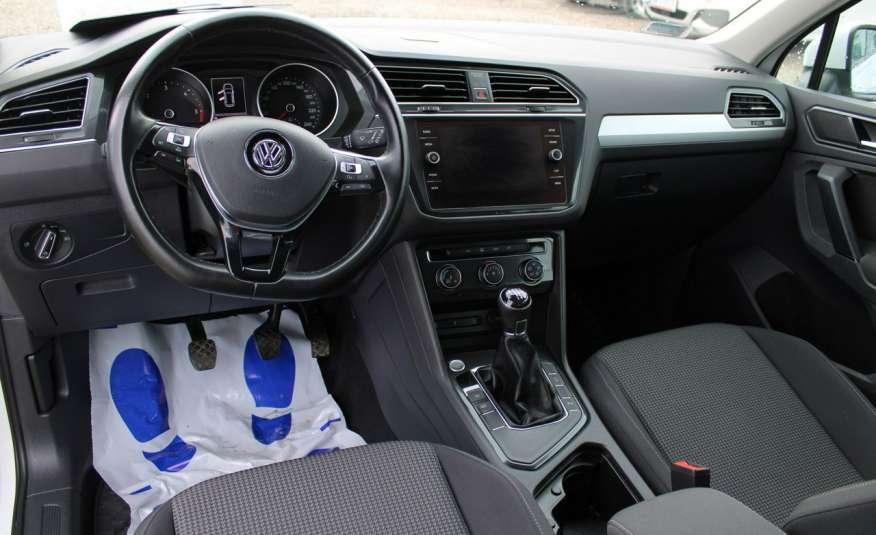 Volkswagen Tiguan F-Vat, Gwarancja, Salon Polska, Klimatronik, Czujnki Parkowania zdjęcie 18