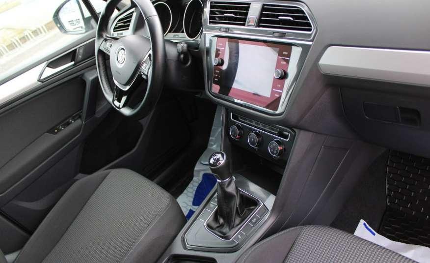 Volkswagen Tiguan F-Vat, Gwarancja, Salon Polska, Klimatronik, Czujnki Parkowania zdjęcie 21