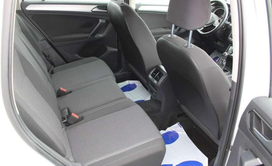 Volkswagen Tiguan F-Vat, Gwarancja, Salon Polska, Klimatronik, Czujnki Parkowania zdjęcie 24