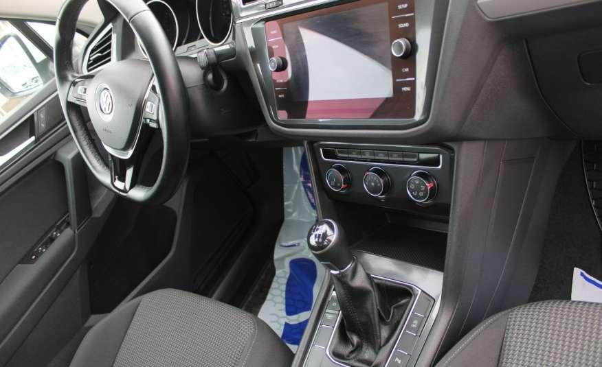 Volkswagen Tiguan F-Vat, Gwarancja, Salon Polska, Klimatronik, Czujnki Parkowania zdjęcie 26