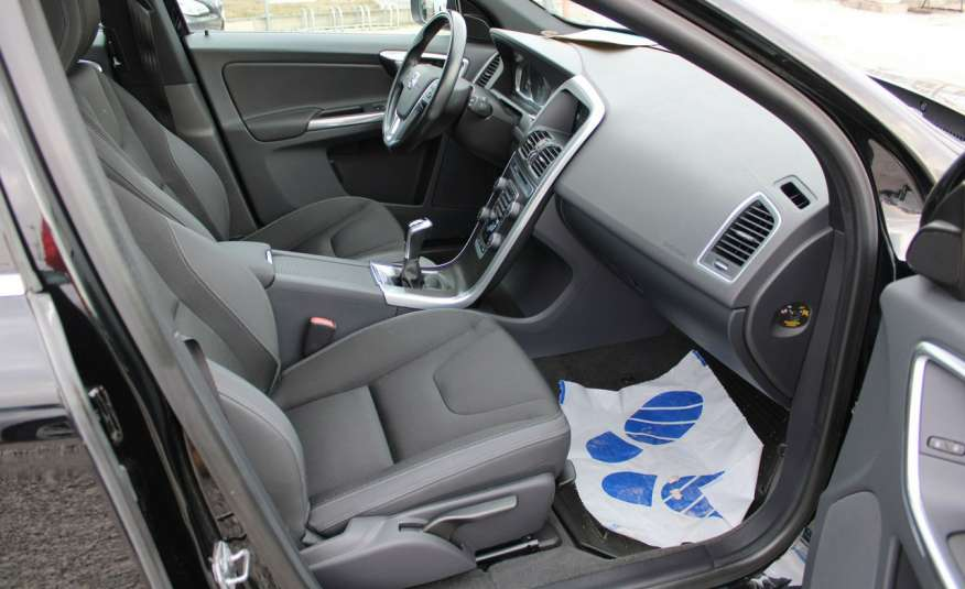 Volvo XC 60 Panorama xenon Navi Internet Skóra zdjęcie 22