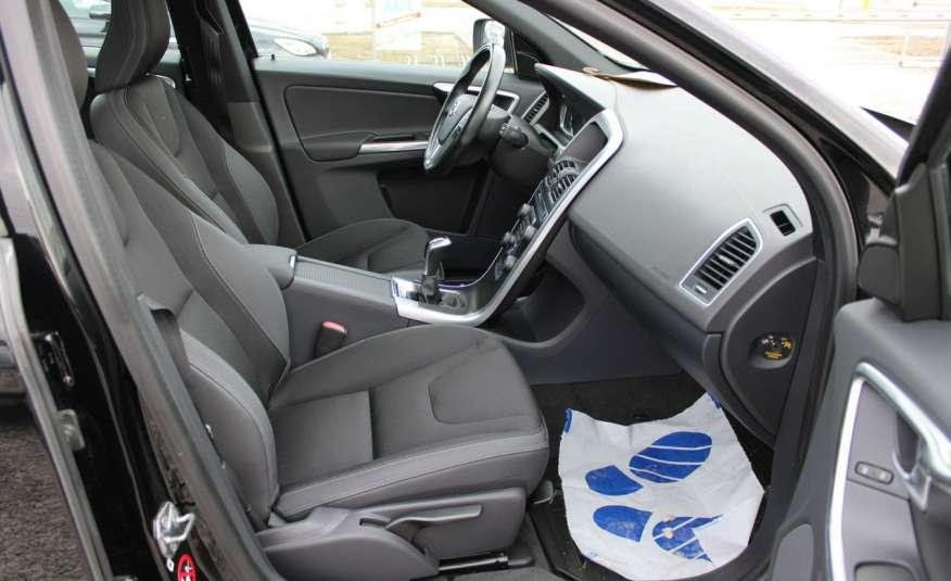 Volvo XC 60 Panorama xenon Navi Internet Skóra zdjęcie 24