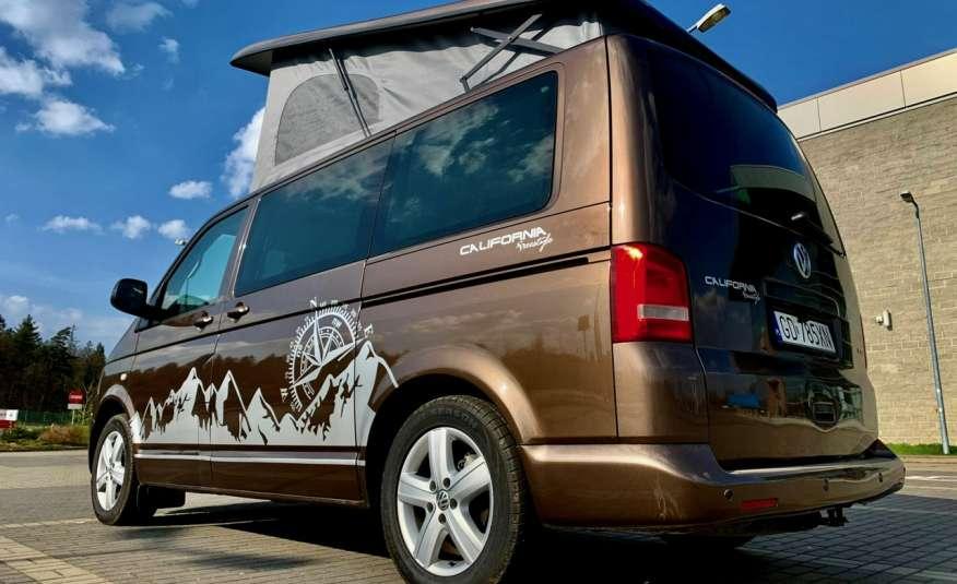 Volkswagen Multivan Camper 2.0tdi 140KM 4Motion navi kamera stolik 5xłóżko gwarancji zdjęcie 4