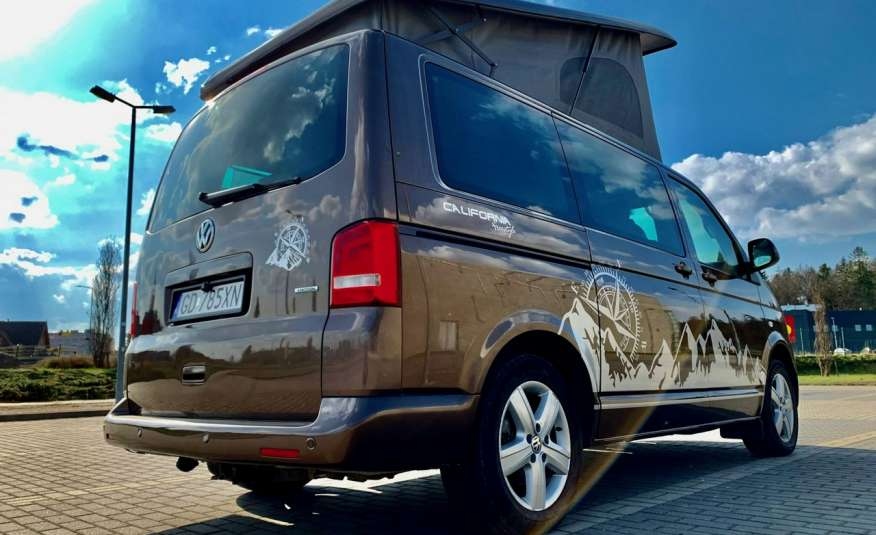 Volkswagen Multivan Camper 2.0tdi 140KM 4Motion navi kamera stolik 5xłóżko gwarancji zdjęcie 5
