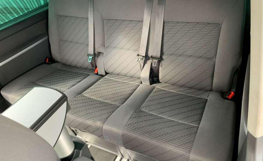 Volkswagen Multivan Camper 2.0tdi 140KM 4Motion navi kamera stolik 5xłóżko gwarancji zdjęcie 19