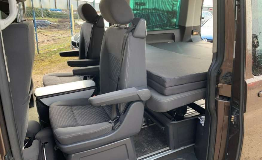 Volkswagen Multivan Camper 2.0tdi 140KM 4Motion navi kamera stolik 5xłóżko gwarancji zdjęcie 23