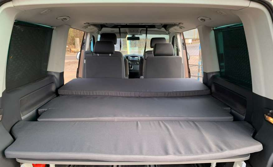 Volkswagen Multivan Camper 2.0tdi 140KM 4Motion navi kamera stolik 5xłóżko gwarancji zdjęcie 24