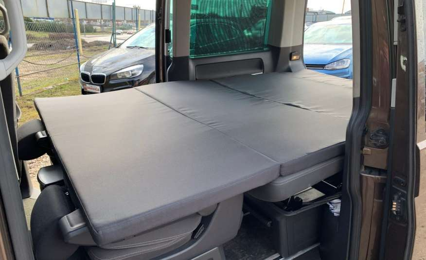 Volkswagen Multivan Camper 2.0tdi 140KM 4Motion navi kamera stolik 5xłóżko gwarancji zdjęcie 25
