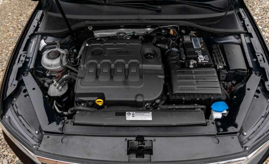 Volkswagen Passat 2.0 DSG Super Stan zdjęcie 47