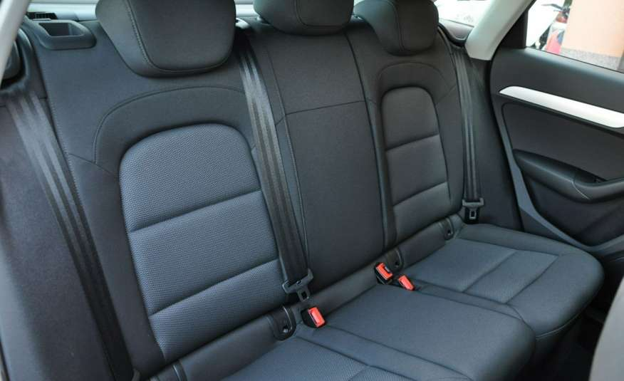 Audi Q3 2.0TDI BiXenon Nawi Alum LED zdjęcie 11