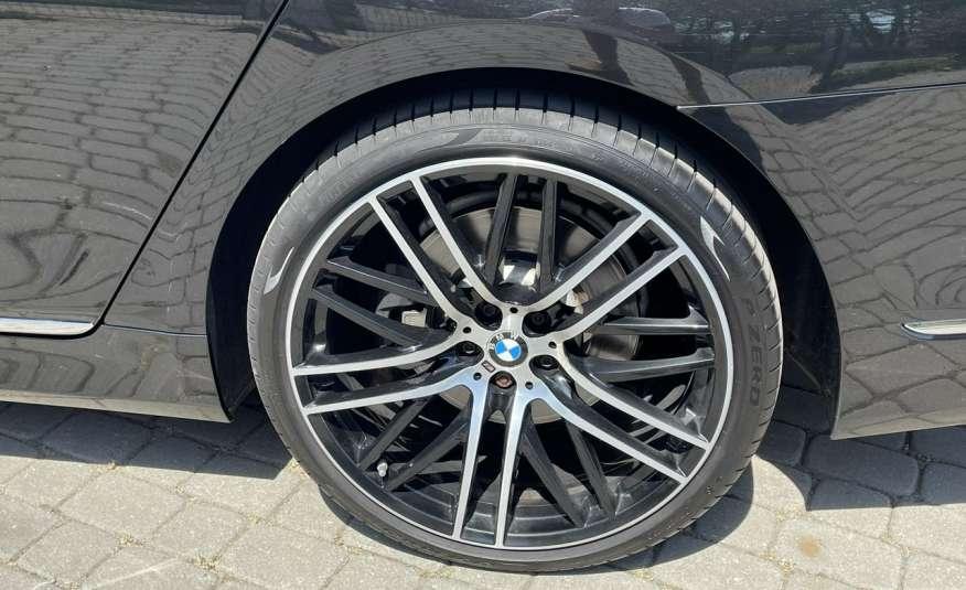 BMW 740 740d x-Drive / Individual / Salon PL I-właściciel / Bezwypadkowa zdjęcie 30