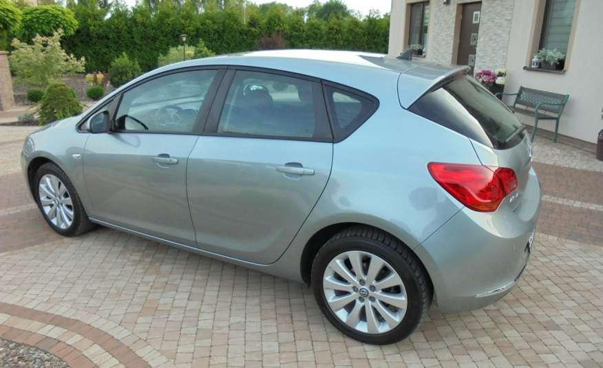 Opel Astra Super niski przebieg , serwis , wyposażona 1.4 benzyna, Navi zdjęcie 12