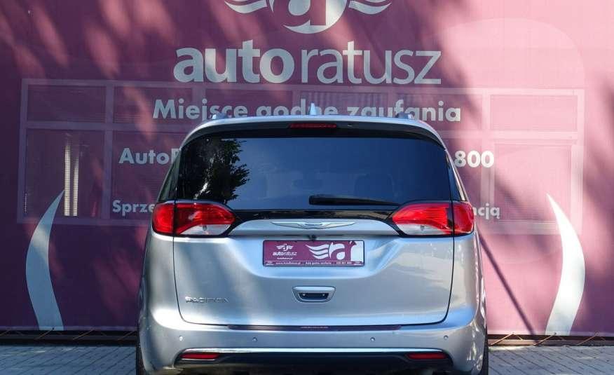 Chrysler Pacifica Automat Bardzo Zadbany Oryginalny Przebieg 7 osób zdjęcie 4
