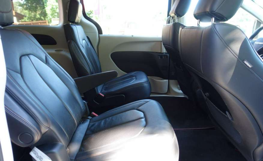 Chrysler Pacifica Automat Bardzo Zadbany Oryginalny Przebieg 7 osób zdjęcie 11