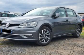 Volkswagen Golf Lift 2018r bogato wyposażony niski przebieg