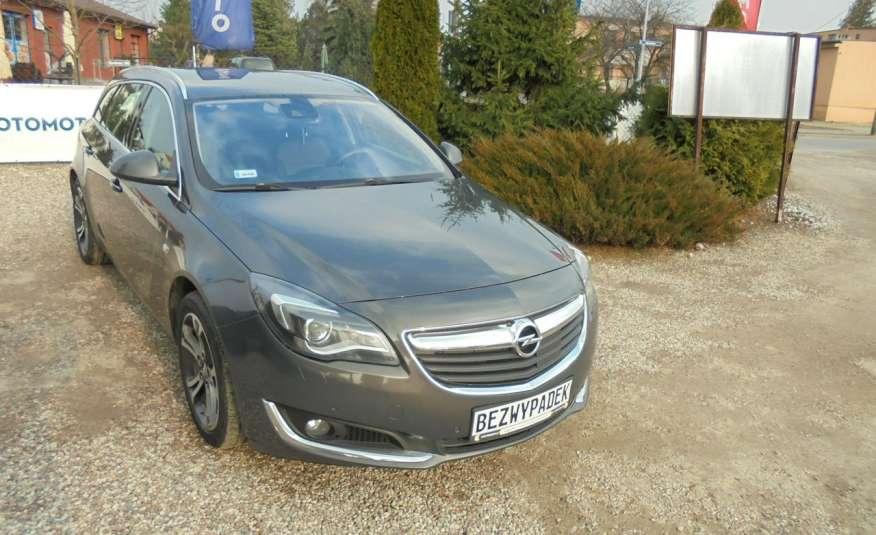 Opel Insignia Pełen serwis , bezwypadkowa , wyposażona , super zadbana, zarejestrowana zdjęcie 3