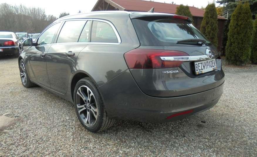 Opel Insignia Pełen serwis , bezwypadkowa , wyposażona , super zadbana, zarejestrowana zdjęcie 9