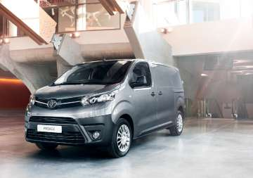 Toyota TOYOTA Proace 2.0 D-4D Long 3.1t Active