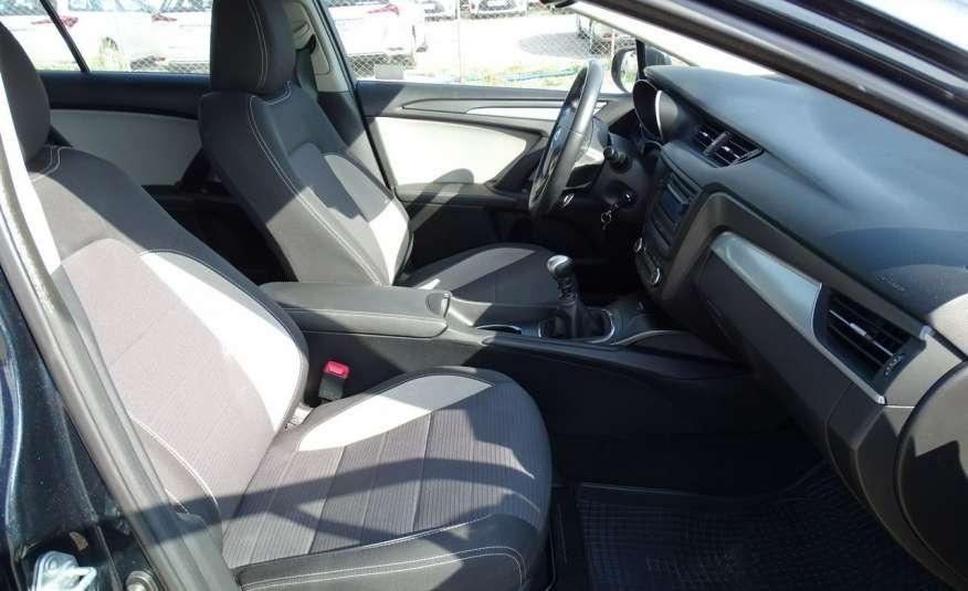 Toyota Avensis 2.0 D-4D Salon PL 1 wł ASO FV23% zdjęcie 4