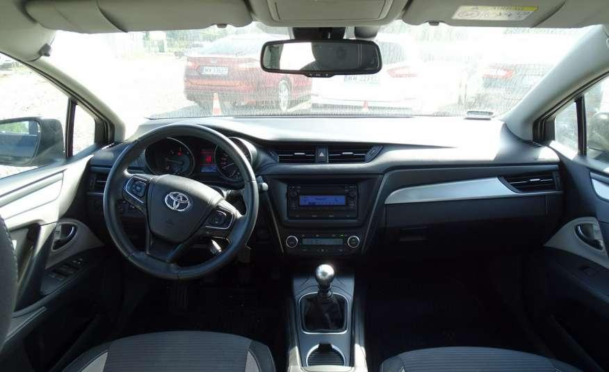 Toyota Avensis 2.0 D-4D Salon PL 1 wł ASO FV23% zdjęcie 15