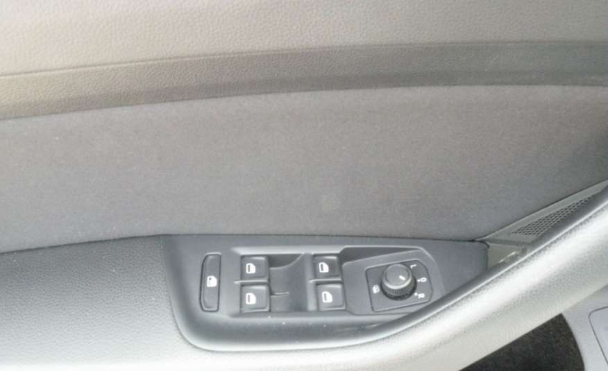 Volkswagen Passat F- vat gwa 1 rok grzane fotele Vebasto zdjęcie 12