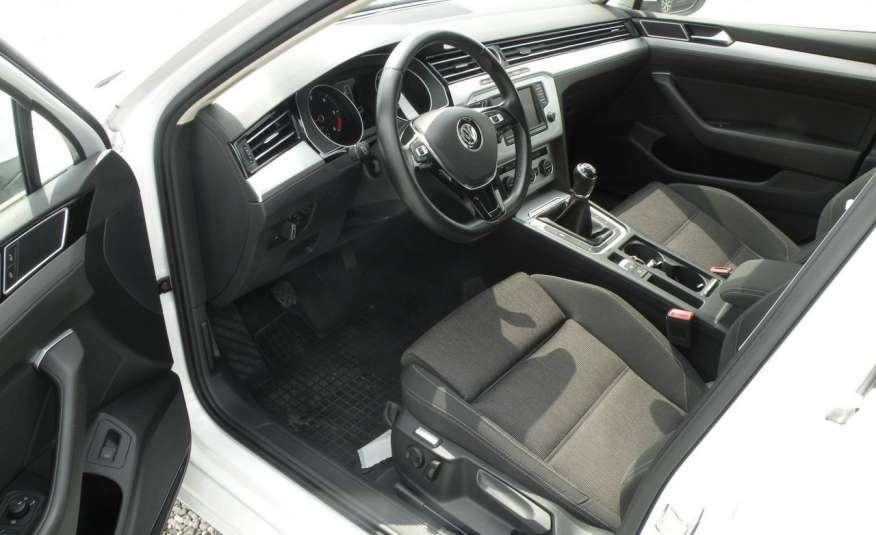 Volkswagen Passat F- vat gwa 1 rok grzane fotele Vebasto zdjęcie 14