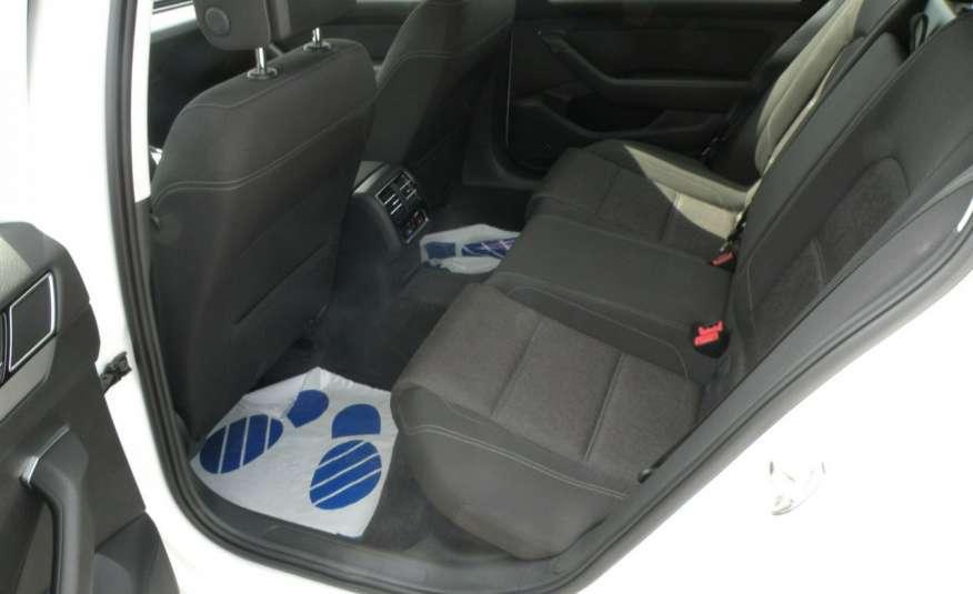 Volkswagen Passat F- vat gwa 1 rok grzane fotele Vebasto zdjęcie 16