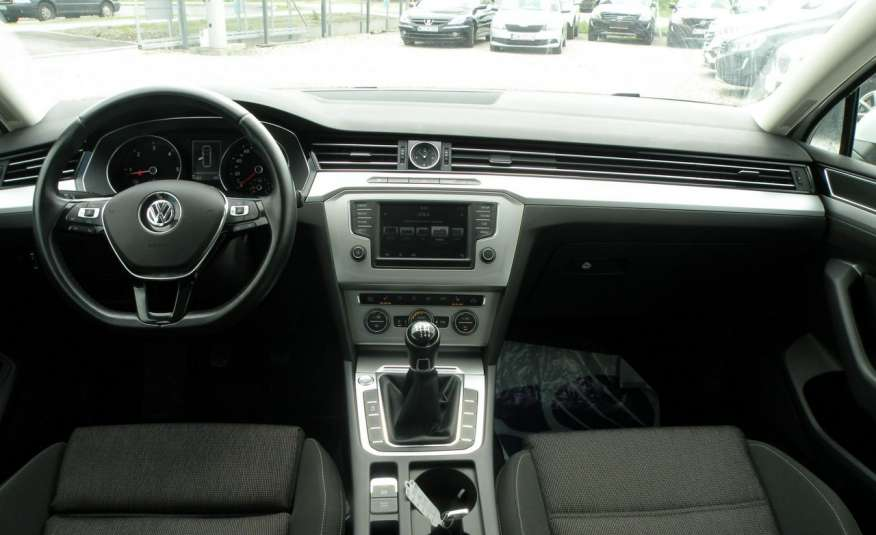 Volkswagen Passat F- vat gwa 1 rok grzane fotele Vebasto zdjęcie 18