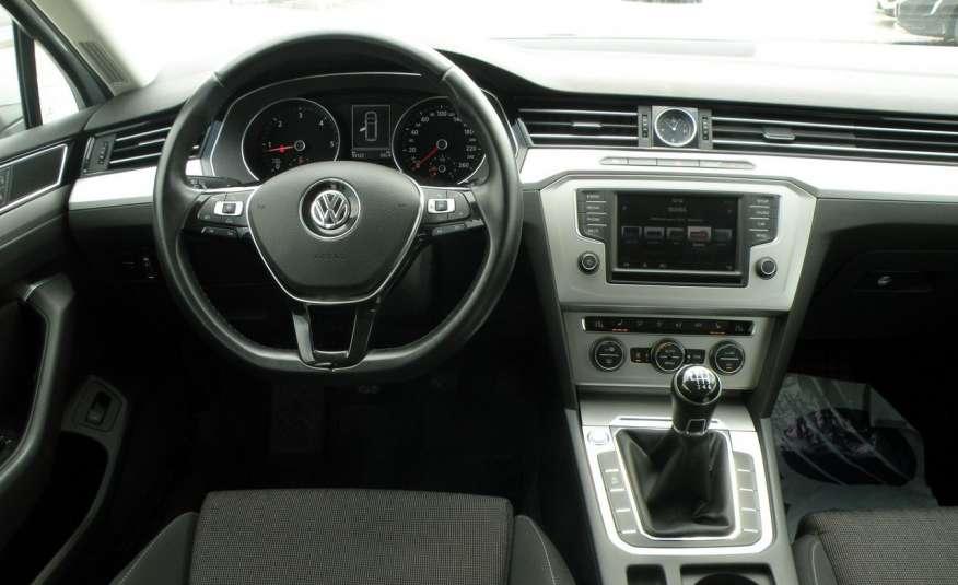 Volkswagen Passat F- vat gwa 1 rok grzane fotele Vebasto zdjęcie 19