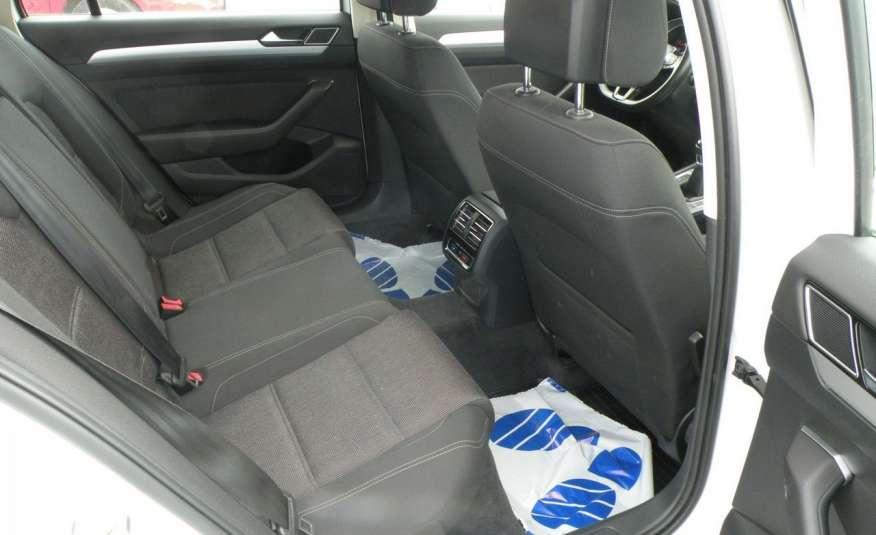 Volkswagen Passat F- vat gwa 1 rok grzane fotele Vebasto zdjęcie 22