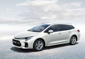 Suzuki SUZUKI Swace 1.8 Hybrid Premium Plus CVT