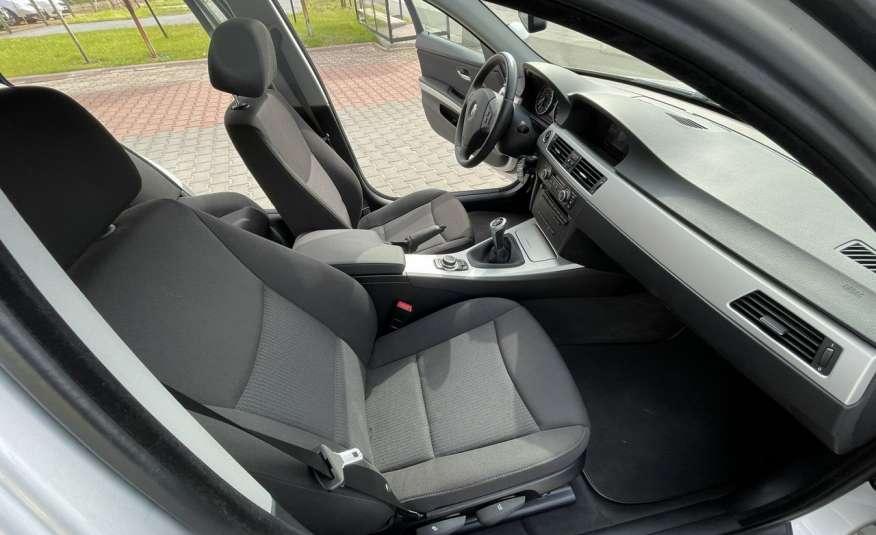 BMW 320 Lifting 320d 177KM touring NAVI GPS Alu Webasto fabryczne Z Niemiec zdjęcie 30