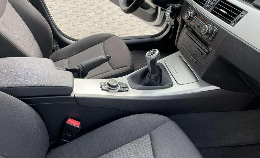 BMW 320 Lifting 320d 177KM touring NAVI GPS Alu Webasto fabryczne Z Niemiec zdjęcie 33