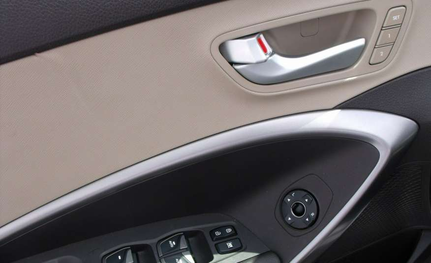 Hyundai Grand Santa Fe 3.3 i 295KM automat Infinity panorama zdjęcie 10