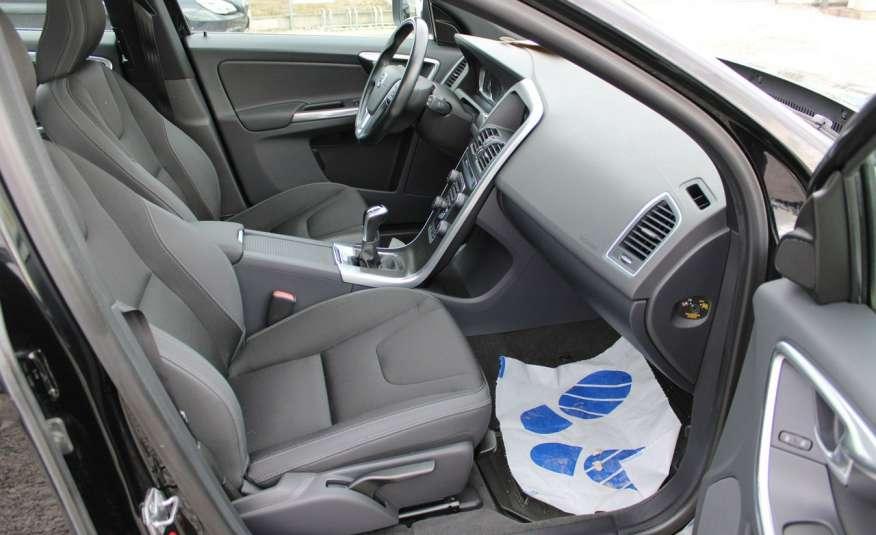 Volvo XC 60 Panorama xenon Navi Internet Skóra zdjęcie 21