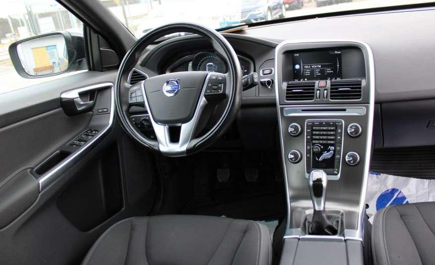 Volvo XC 60 Panorama xenon Navi Internet Skóra zdjęcie 26