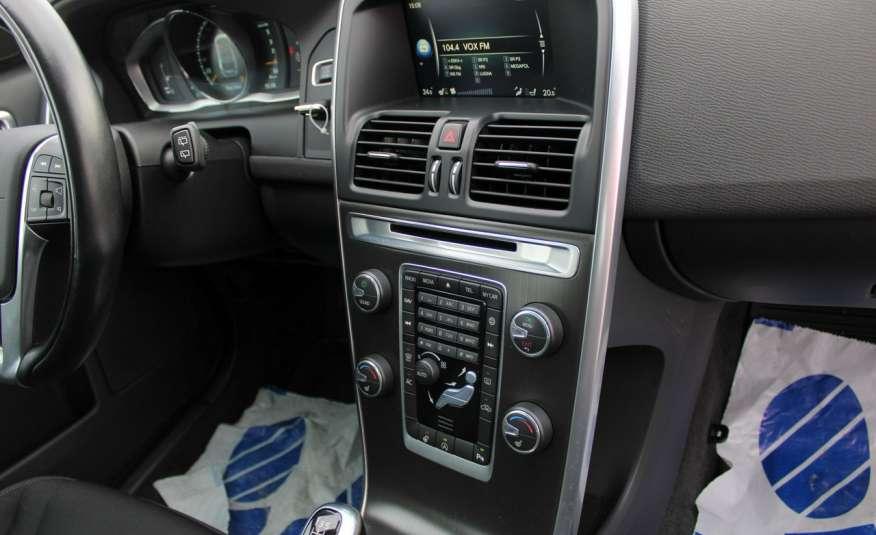 Volvo XC 60 Panorama xenon Navi Internet Skóra zdjęcie 27