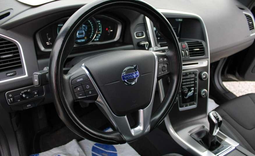 Volvo XC 60 Panorama xenon Navi Internet Skóra zdjęcie 28
