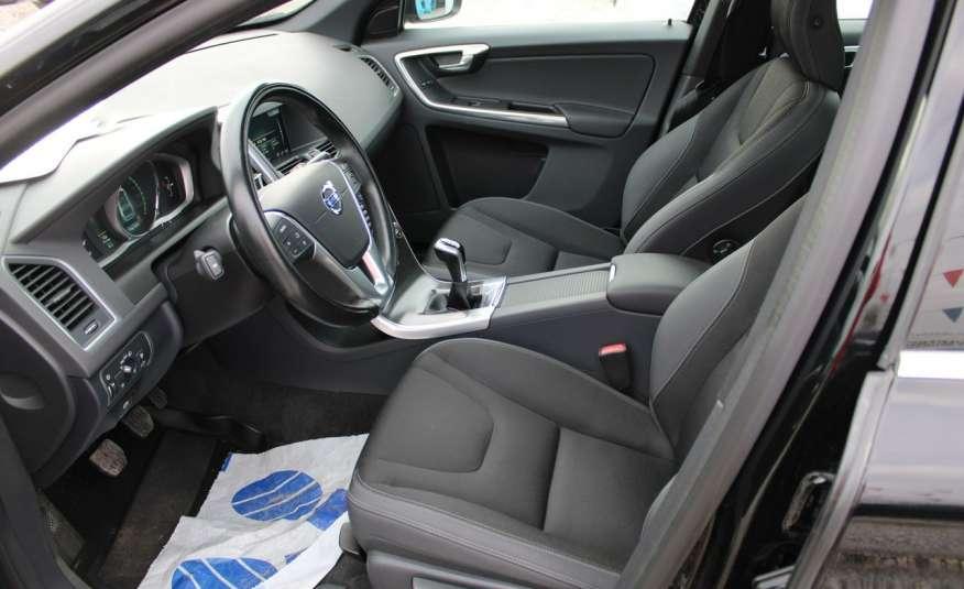 Volvo XC 60 Panorama xenon Navi Internet Skóra zdjęcie 36