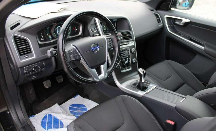 Volvo XC 60 Panorama xenon Navi Internet Skóra zdjęcie 37