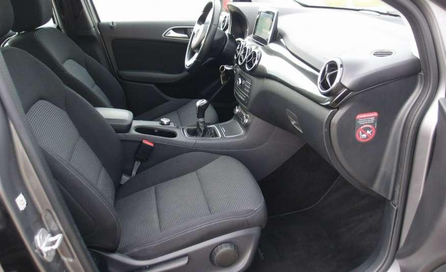 Mercedes B 180 LIFT / Navi / Parktronik / Tempomat / Serwis / IDEALNY / ROK GWARANCJI zdjęcie 20