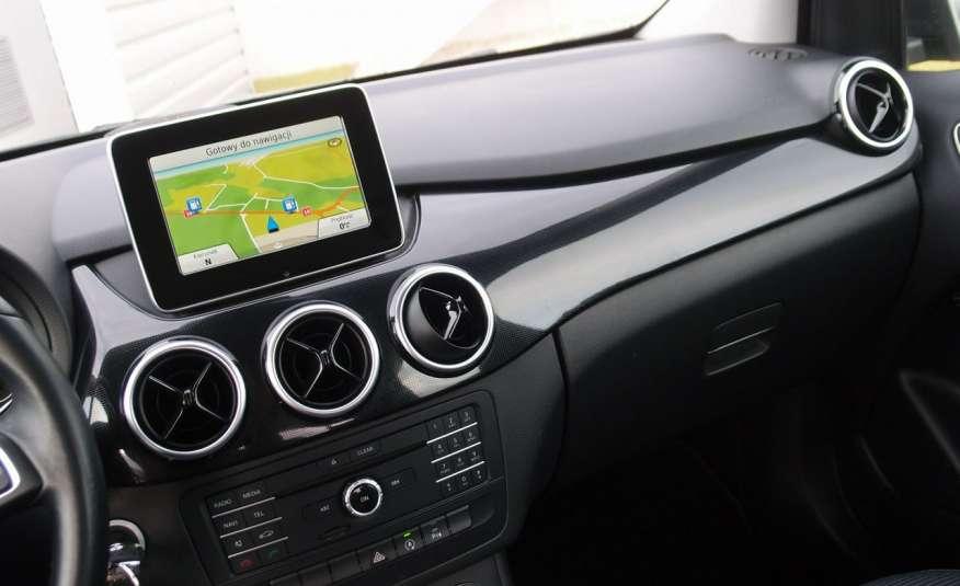 Mercedes B 180 LIFT / Navi / Parktronik / Tempomat / Serwis / IDEALNY / ROK GWARANCJI zdjęcie 26