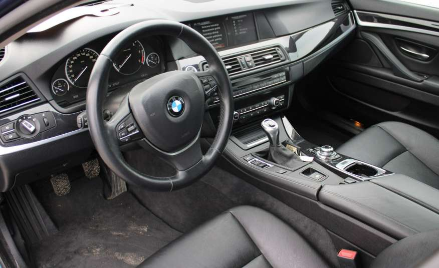 BMW 520 Salon Polska 2.0 D Skóra Navi zdjęcie 39