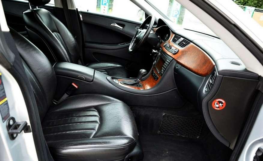 Mercedes CLS 320 Opłacony 320CDI Lift Wentyle Skóra Navi Bi-xenon Alu Gwarancja zdjęcie 29