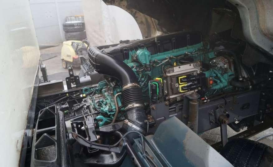 Volvo FL zdjęcie 15