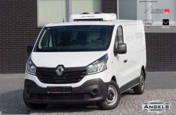 Renault Trafic CHŁODNIA DO 0 C + GNIAZDO POSTOJOWE 230