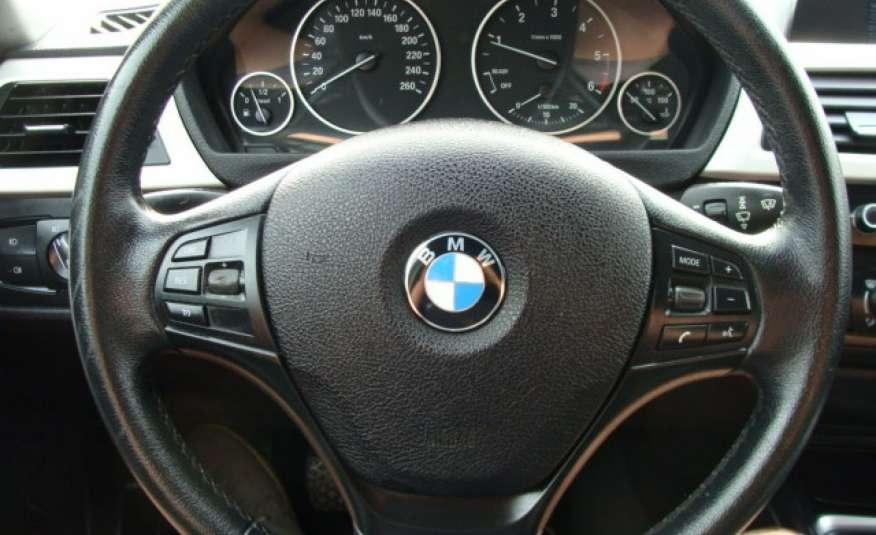 BMW 318 2.0 136 kM F31 zarejestrowany i ubezpieczony, nawigacja, skórzana tap. zdjęcie 17