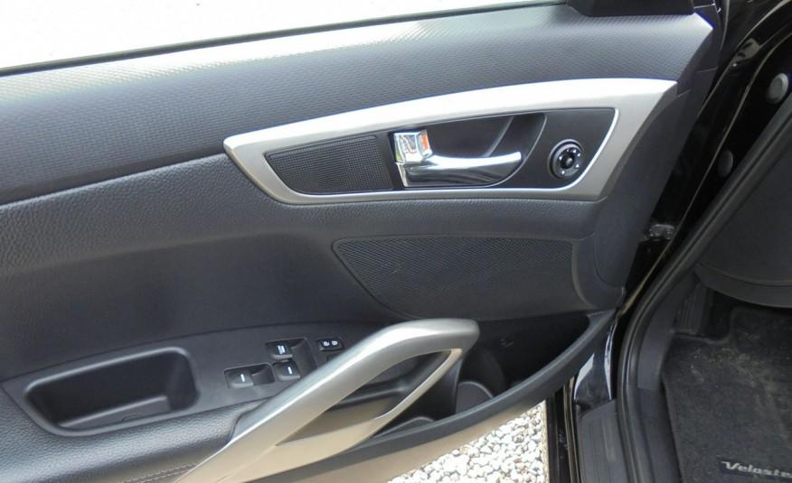 Hyundai Veloster Bezwypadkowy, opłacony , silnik 1.6 -benzyna-piękny kolor, serwis, AUTOMAT zdjęcie 29