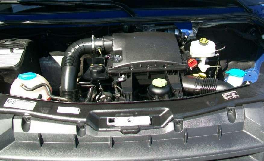 Volkswagen Crafter 2.0BITDI 164KM A/C 7 OS BLIŹNIAKI NA KAT B NAVIGACJA NR 58 zdjęcie 19