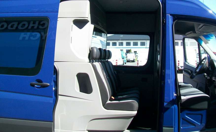 Volkswagen Crafter 2.0BITDI 164KM A/C 7 OS BLIŹNIAKI NA KAT B NAVIGACJA NR 58 zdjęcie 13